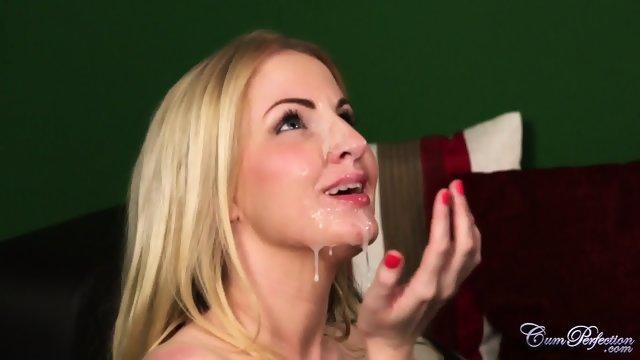 Белокурая девушка со спермой на лице