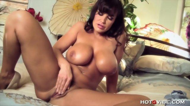Порно видео мастурбацыи лизы энн