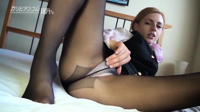 Секс с молодкой в белом нижнем белье